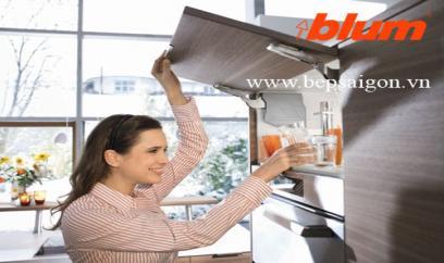 Hệ thống tay nâng Blum tủ bếp